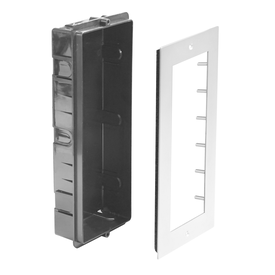 1holars-2-easy-821-1-x-3-moduls-ramme-for-infellin - produkter/08784/Frame+flush box.png